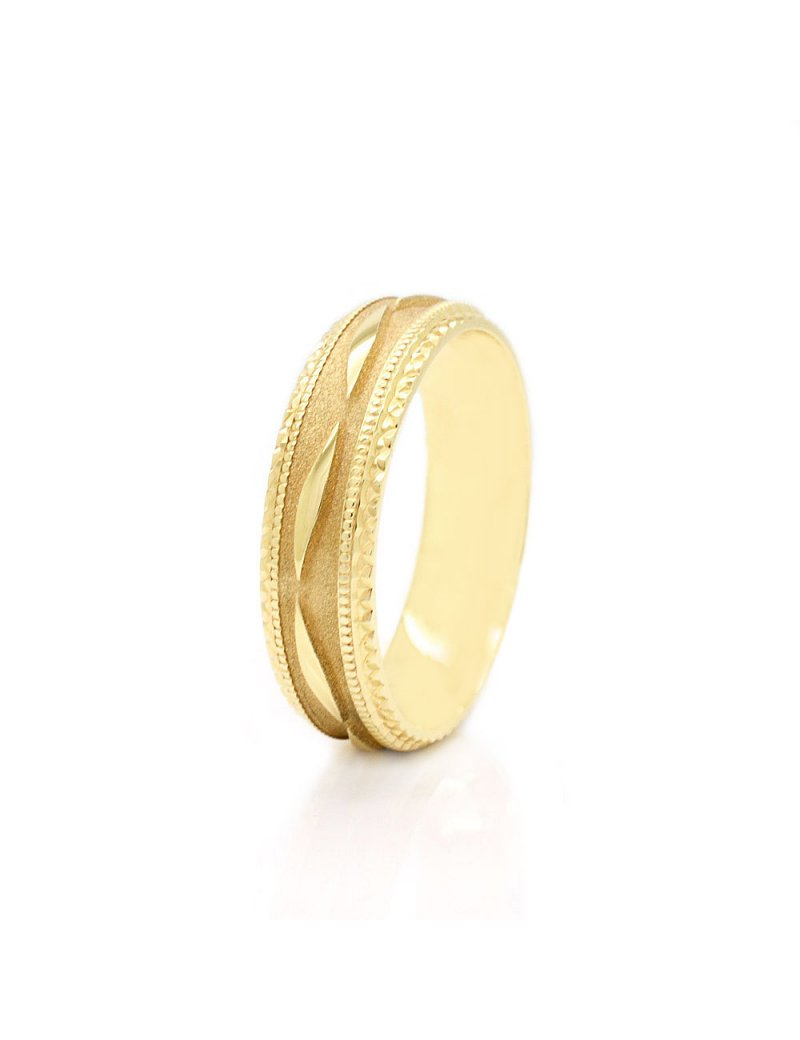 9ct Yellow Gold Diamond Cut 5mm Wedding Ring